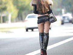 Лучшие проститутки: эксгибиционист в microskirt