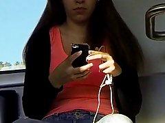 Азиатская девушка на веб-камеру