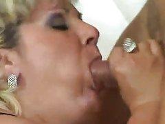 Зрелые пухлые Анальный секс